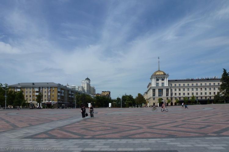 4. Центральная площадь Белгорода (Соборная)